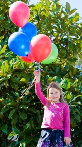 My Niece Gorgia Ford playing physics with helium ballons.