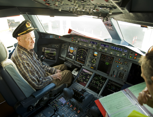 "Ted joins us in the cockpit this morning on arrival into Sydney. Ted is a 93 year old former WWII fighter and bomber ace admitting only to flying well over 25 missions and having ""a few thousand hours of flying experience""."