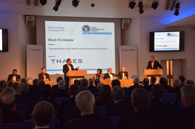 Black Tie Debate, Jan 2016 (Photo: RAeS)